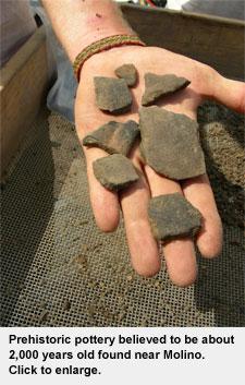 molino-dig-pottery-small.jpg