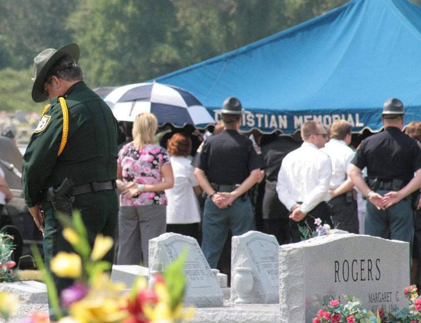 tommy-america-funeral06.jpg
