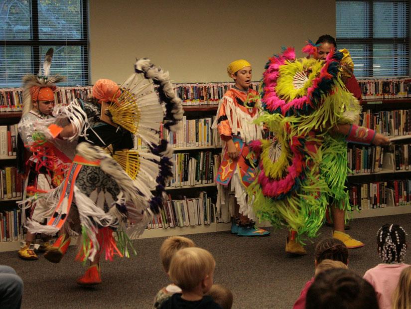Poarch Creek Indians Florida Poarch Creek Indians Perform