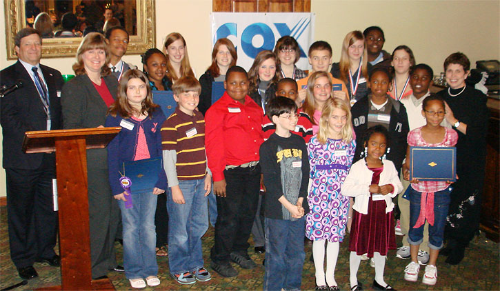 national middle school essay contests The yes national student writing competition is an opportunity for middle school through university students to write for a real audience—not just you, the teacher—and the chance to be published by an award-winning magazine each quarter, students are invited to read and write an essay on a.
