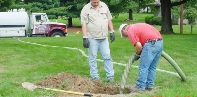 http://www.northescambia.com/wp-content/uploads/2010/08/septictanks.jpg