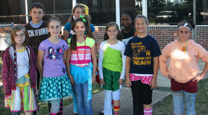 Tacky Day Ideas http://www.northescambia.com/2010/09/ernest-ward-photo-gallery-thats-just-tacky