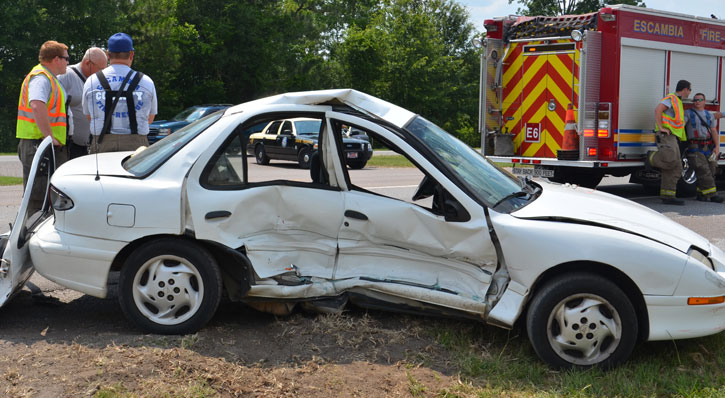 Three injured two charged after wreck northescambia com