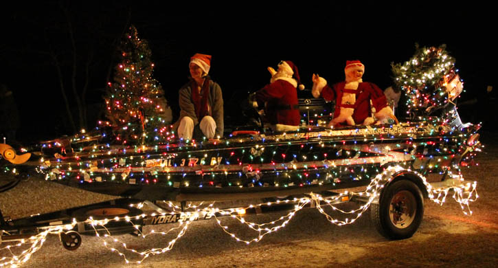 Redneck Christmas Lights.Christmas Parades Continue Today With Mega List