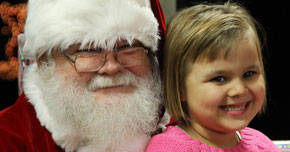 Photos, Video: Century Land To Lake Parade, Christmas Event