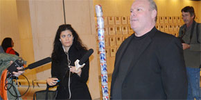Beer Can 'Festivus' Pole Now Stands In Florida's Capitol