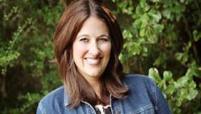 Escambia School Board Honors Sara Calhoun, Florida's Top Elementary Reading Teacher