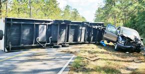 Overturned Camper Closes Quintette Road