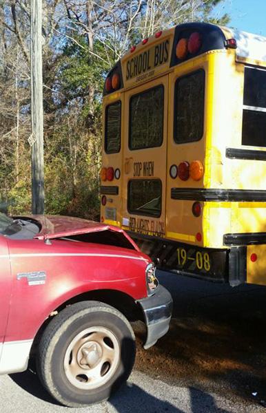 no injuries in school bus wreck   northescambia com