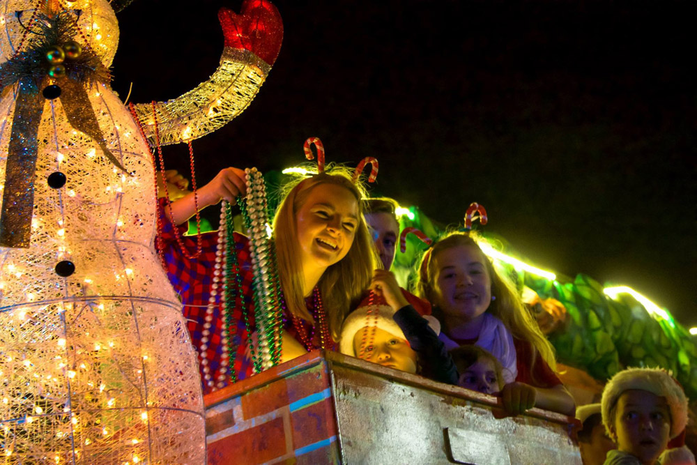 When Is 2021 Pensacola Christmas Parade Tens Of Thousands Attend Annual Pensacola Christmas Parade With Gallery Northescambia Com