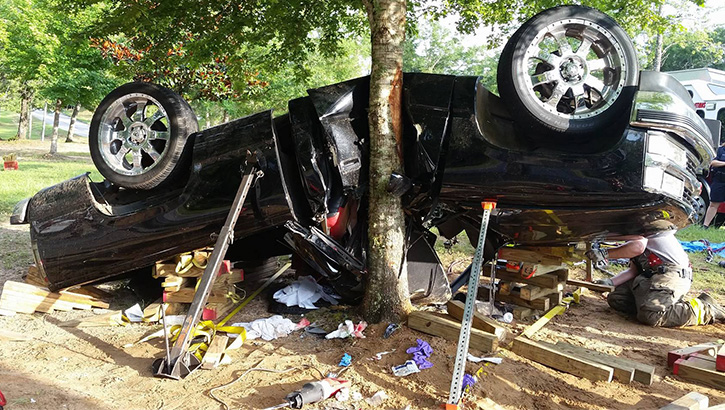 one trapped in uwf campus crash   northescambia com