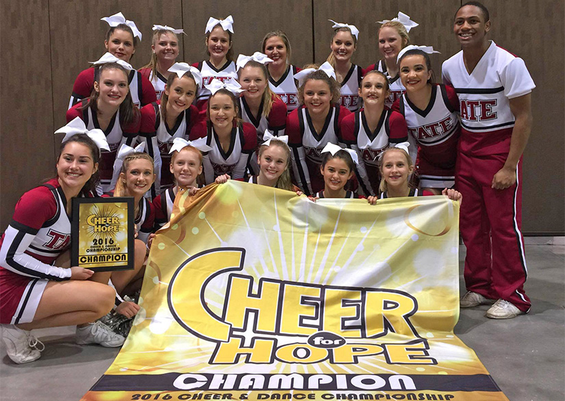 Tate Varsity Cheerleaders Win Division At Biloxi Cheer For Hope