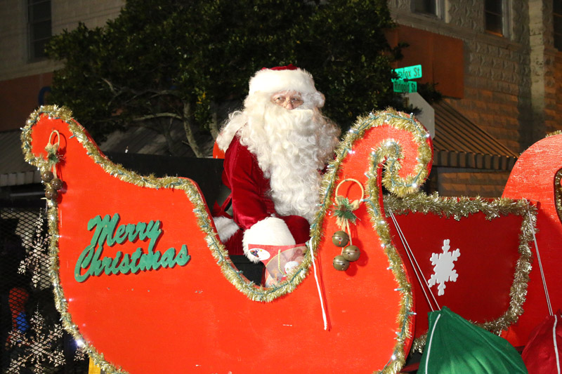 Christmas Parades And Events