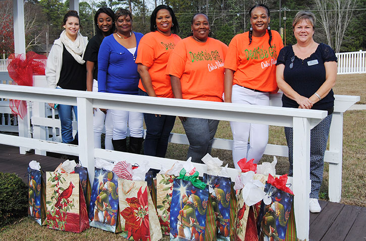 comments one response to dedrias gift provides christmas presents for nursing home residents
