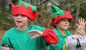 Molino Holds Annual Christmas Parade (With Photo Gallery)