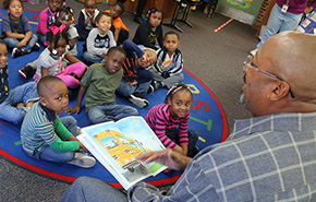 National Read Aloud Day: Century's Mayor Reads To Head Start Kids