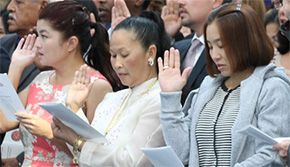 92 Become New American Citizens