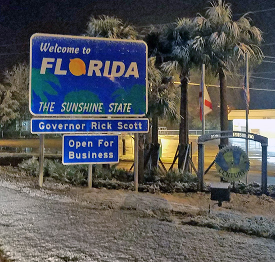 Snowfall Delivers Rare South Alabama, Northwest Florida Sight (With