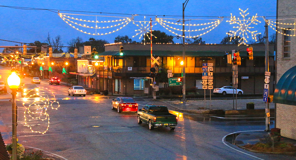 Brewton Alabama Christmas Parade 2020 Christmas Parades Set For This Weekend; PCI, Brewton Postpone