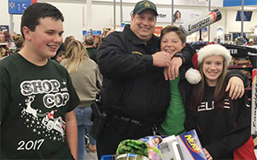 Kids Shop With A Cop For Christmas