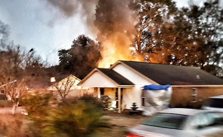 Admirable Firefighters Battle House Fire Off East 10 Mile Road Download Free Architecture Designs Scobabritishbridgeorg