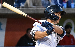 Blue Wahoos Take Series Finale 4-2 Over Mobile