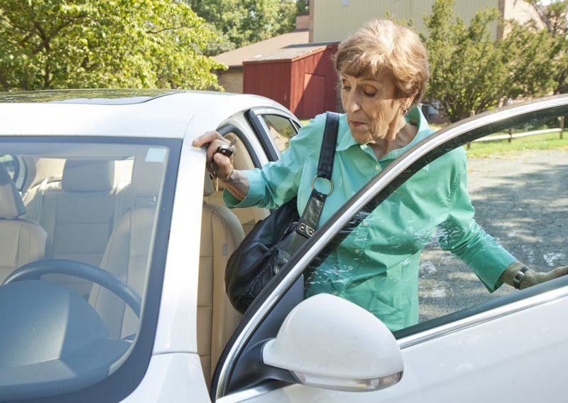 New vehicle technology could put older generations at risk