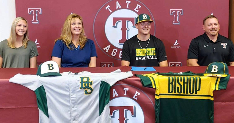 Tate High's Chase Tolbert Signs With Bishop State