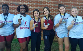 Northview Girls Weightlifting Places At Districts, Advances To Regionals