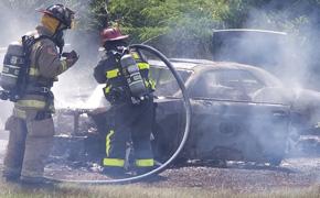 Fire Destroys Vehicle In Barrineau Park