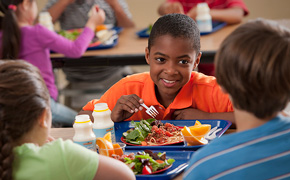All Escambia School District Students Will Receive Free Meals This Year